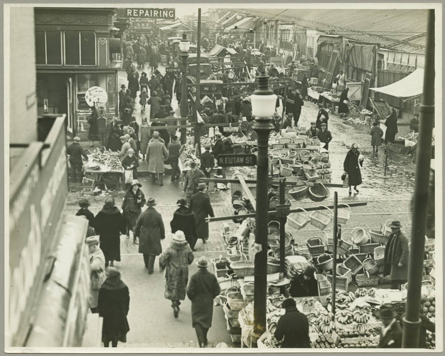 Lexington Market, Baltimore, c. 1920-1930. Courtesy [Maryland Historical Society/Digital Maryland](http://collections.digitalmaryland.org/cdm/singleitem/collection/mhja/id/157/rec/2)