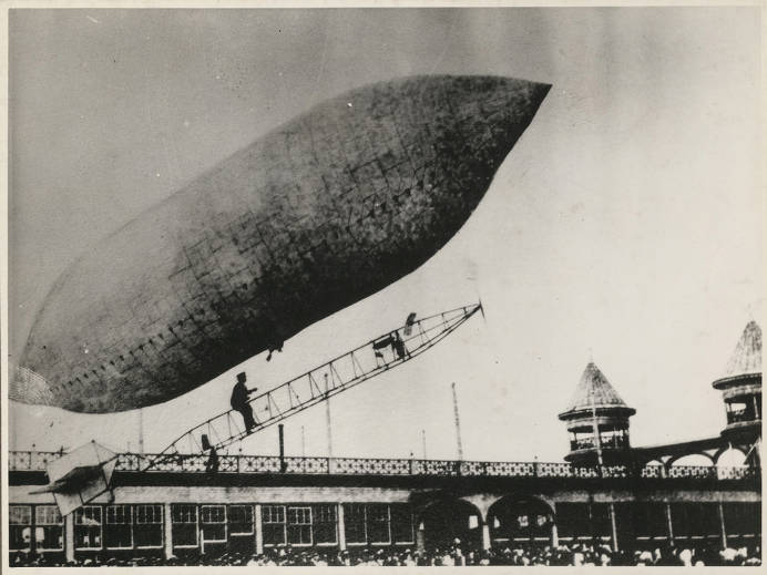Lincoln Beachey Launching Dirigible Airship At Electric Park Baltimore Maryland July 23 1908